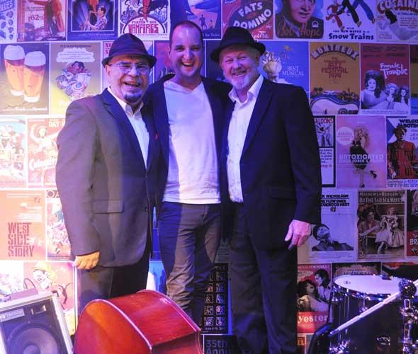 The-Gentlemens-Swing-Club012