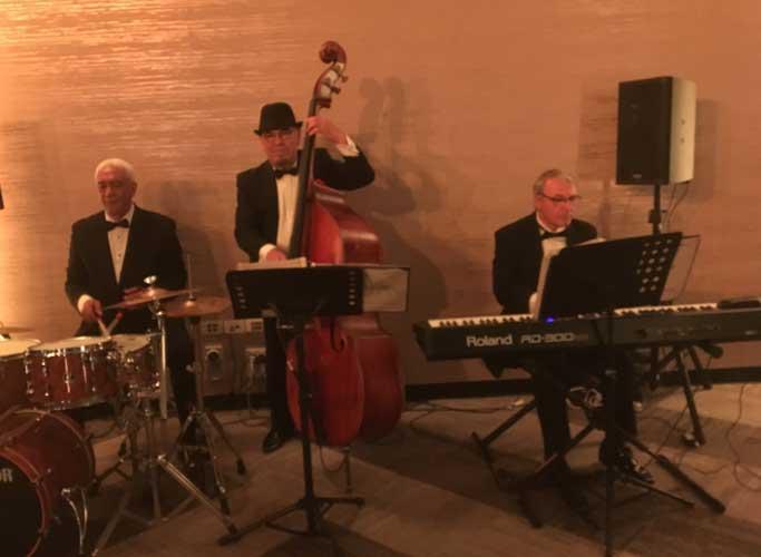 The-Gentlemens-Swing-Club030