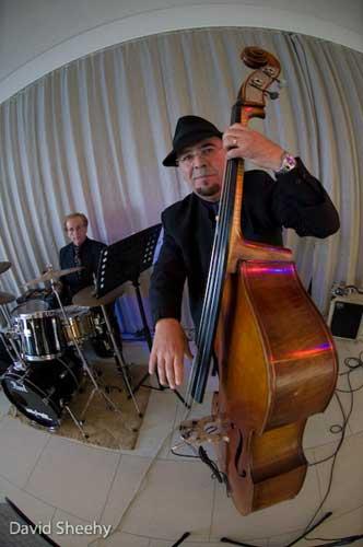 The-Gentlemens-Swing-Club044